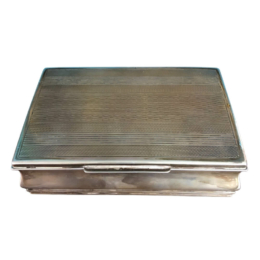 Ezüst doboz csíkos tetejű 251 g